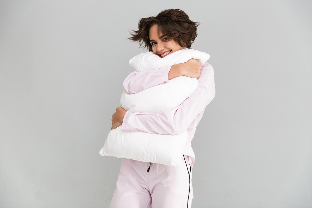 抱き枕が好きな心理・意外と知られていない抱き枕の効果を徹底解剖