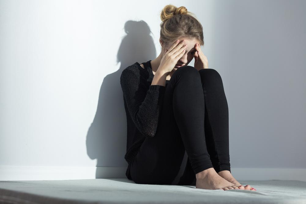 自分が嫌いになる心理はどうやって対処すべき?