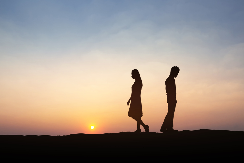 後悔させたい心理で喧嘩別れするカップル・その後にとるべき行動
