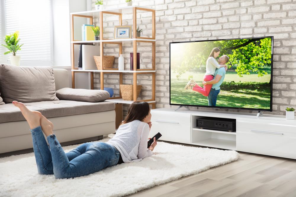 テレビ好きの心理・見ない人との違いについて