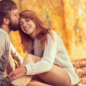 寂しい思いさせてごめんという男性心理・彼女を大切にする彼氏の特別な行為とは