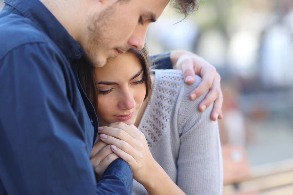 優しくされると涙が出る心理背景にあることは?