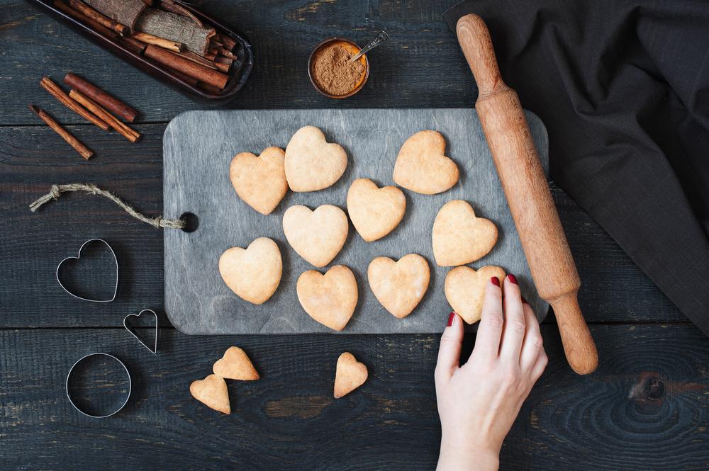 お菓子作りが好きな心理について・友達に配りたくなるのはなぜ?