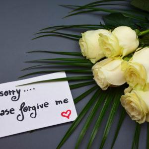 すぐ謝る人の心理について・不利な人間関係にならないためには?
