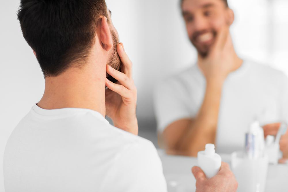 眉毛が細い男性の心理・男性なりのおしゃれの仕方について