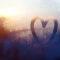 もらい泣きするときの心理状況・涙もろい人の優しさの特徴