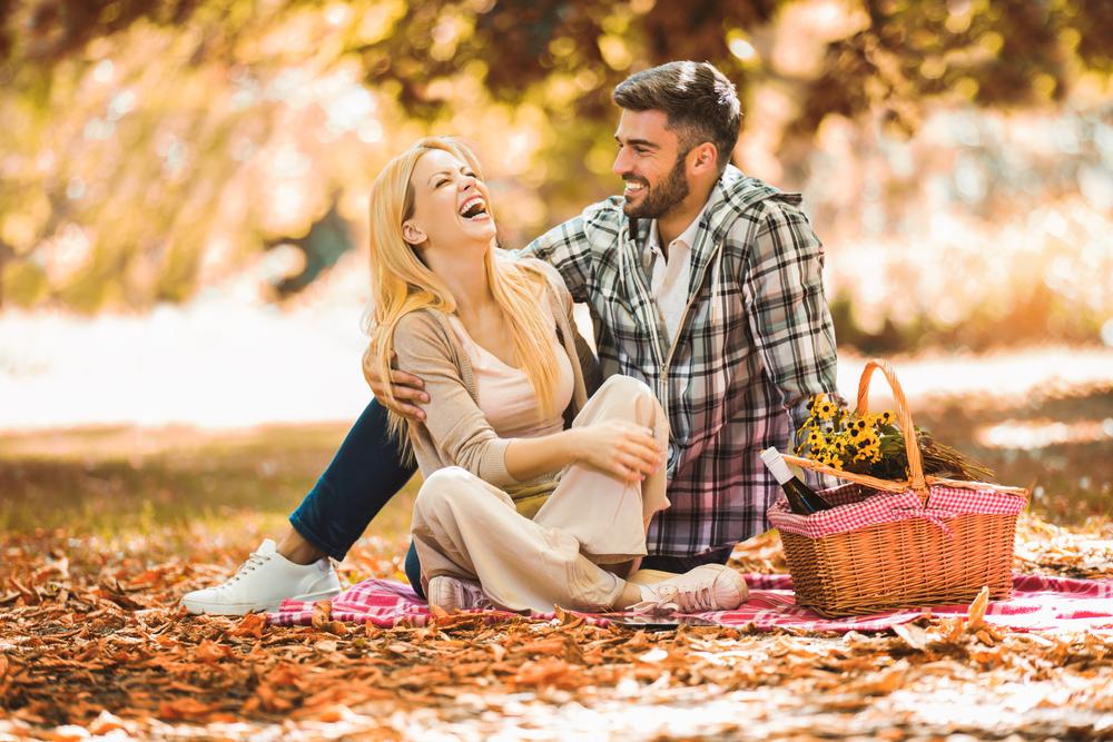 面白い人が好きな心理・モテる要素が多い人との恋愛方法