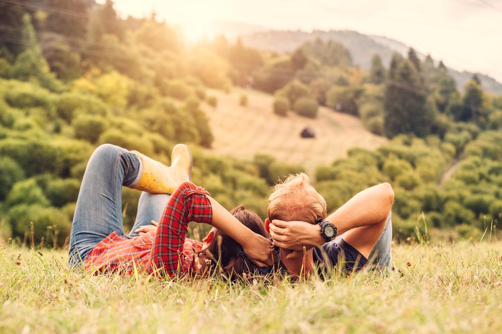 都会に憧れる人の心理と性格・結婚相手に向くのは田舎好きの人?